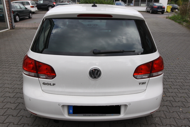 golf6dynaudio62.JPG