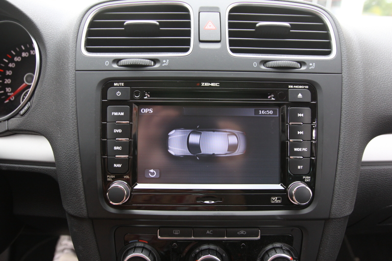 golf6dynaudio66.JPG
